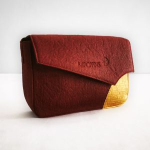 Maroon-gold piñatex shoulder bag